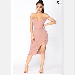 "Fashion nova ""Taliyah off shoulder dress""-mauve"